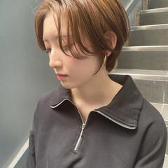 ショートボブ ハンサムショート ショート ブラウンベージュ ヘアスタイルや髪型の写真・画像