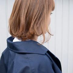 ミルクティーベージュ ブラウンベージュ ヌーディーベージュ ナチュラル ヘアスタイルや髪型の写真・画像