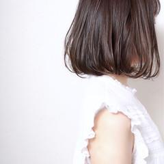 艶髪 ボブ ウェットヘア ナチュラル ヘアスタイルや髪型の写真・画像