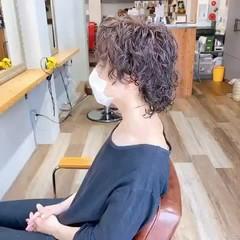 メンズパーマ パーマ ナチュラル ショート ヘアスタイルや髪型の写真・画像