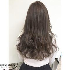 コンサバ 暗髪 ロング アッシュ ヘアスタイルや髪型の写真・画像