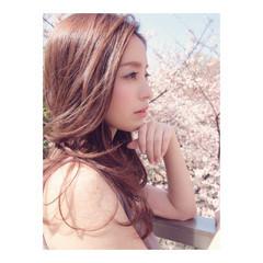 セミロング 大人かわいい 外国人風 フェミニン ヘアスタイルや髪型の写真・画像