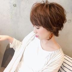 大人かわいい ゆるふわ パーマ ショート ヘアスタイルや髪型の写真・画像