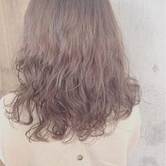 ナチュラル ミディアム デジタルパーマ ヘアスタイルや髪型の写真・画像