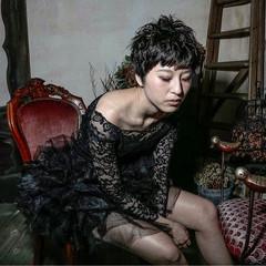 黒髪 グラデーションカラー ショート パーマ ヘアスタイルや髪型の写真・画像