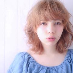 パーマ ミディアム ウルフカット グレージュ ヘアスタイルや髪型の写真・画像