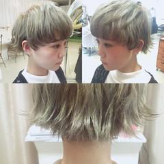 ガーリー 外国人風 ハイライト ワイドバング ヘアスタイルや髪型の写真・画像