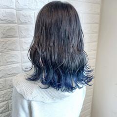 ブルーグラデーション グラデーションカラー ガーリー ポイントカラー ヘアスタイルや髪型の写真・画像