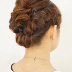 かわいい ヘアアレンジ ミディアム 裏編み込み ヘアスタイルや髪型の写真・画像