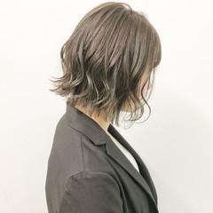 ボブ デート ナチュラル スポーツ ヘアスタイルや髪型の写真・画像