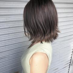 3Dハイライト 外ハネボブ ミディアム 切りっぱなしボブ ヘアスタイルや髪型の写真・画像