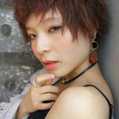 ショート モード グラデーションカラー 前髪あり ヘアスタイルや髪型の写真・画像