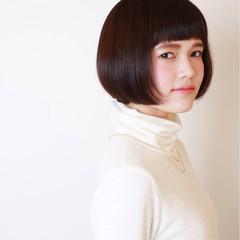 前髪あり 暗髪 大人かわいい ゆるふわ ヘアスタイルや髪型の写真・画像