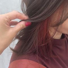 インナーカラー ヘアカラー オレンジカラー ミディアム ヘアスタイルや髪型の写真・画像