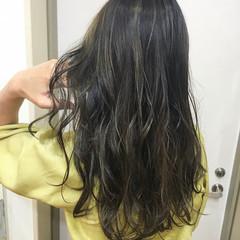 バレイヤージュ ハイライト ロング 大人ハイライト ヘアスタイルや髪型の写真・画像