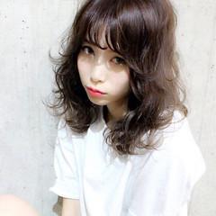 大人かわいい 暗髪 ミディアム 外国人風 ヘアスタイルや髪型の写真・画像