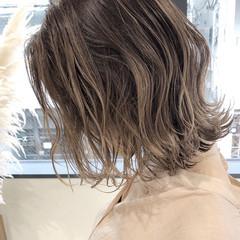 バレイヤージュ グレージュ 外国人風カラー ボブ ヘアスタイルや髪型の写真・画像