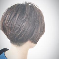 ショート モード エアリー ベリーショート ヘアスタイルや髪型の写真・画像