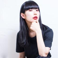 ブルーブラック ストリート セミロング ウェットヘア ヘアスタイルや髪型の写真・画像