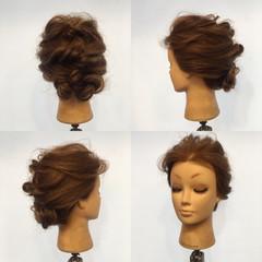 ツイスト ヘアアレンジ セミロング 結婚式 ヘアスタイルや髪型の写真・画像