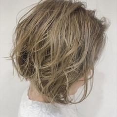 小顔 ショート フェミニン 似合わせ ヘアスタイルや髪型の写真・画像