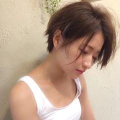 ショート 透明感 大人女子 リラックス ヘアスタイルや髪型の写真・画像