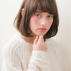 大人かわいい ミディアム デジタルパーマ リラックス ヘアスタイルや髪型の写真・画像