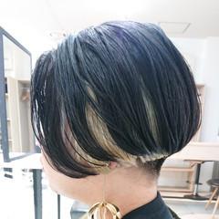 簡単スタイリング モード インナーカラー デザインカラー ヘアスタイルや髪型の写真・画像