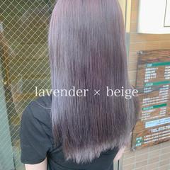 ミルクティー ロング フェミニン ハイトーンカラー ヘアスタイルや髪型の写真・画像