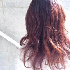 ゆるふわ セミロング 冬 ガーリー ヘアスタイルや髪型の写真・画像