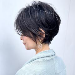フェミニン ハンサムショート ミニボブ ショート ヘアスタイルや髪型の写真・画像