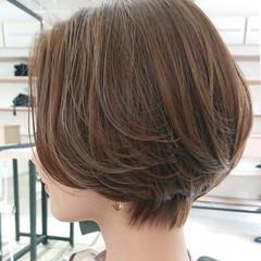 透明感 簡単スタイリング ボブ デザインカラー ヘアスタイルや髪型の写真・画像
