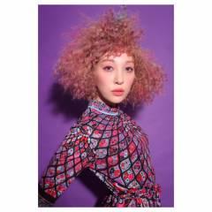 スパイラルパーマ カラーバター ガーリー ボブ ヘアスタイルや髪型の写真・画像
