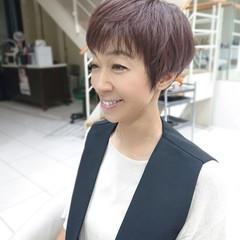 ベリーショート ショートボブ 前髪パッツン 3Dハイライト ヘアスタイルや髪型の写真・画像