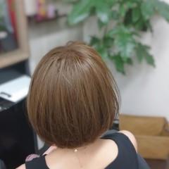 ナチュラル イルミナカラー ショート グレージュ ヘアスタイルや髪型の写真・画像