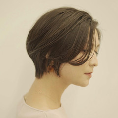 ナチュラル 切りっぱなしボブ ショートボブ ショートヘア ヘアスタイルや髪型の写真・画像