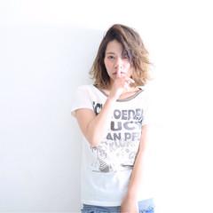 ストリート 外国人風 グラデーションカラー ワイドバング ヘアスタイルや髪型の写真・画像
