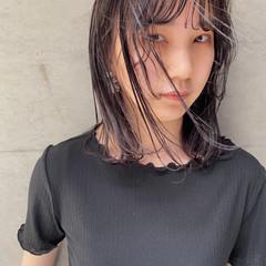 デザインカラー ブリーチカラー ナチュラル ミディアム ヘアスタイルや髪型の写真・画像