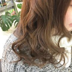 ナチュラル ニュアンス 巻き髪 大人かわいい ヘアスタイルや髪型の写真・画像