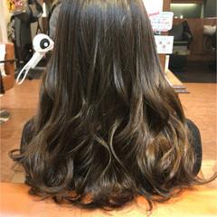 暗髪 ロング グラデーションカラー ガーリー ヘアスタイルや髪型の写真・画像