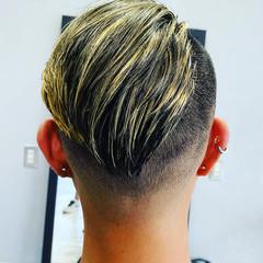 ストリート メッシュ ショート ハイトーンカラー ヘアスタイルや髪型の写真・画像