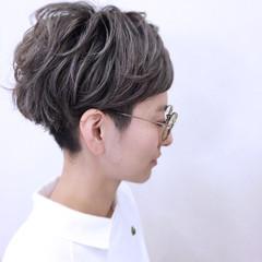 小顔 ストリート ニュアンス ショート ヘアスタイルや髪型の写真・画像