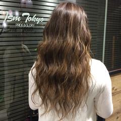 透明感 グラデーションカラー 巻き髪 ハイライト ヘアスタイルや髪型の写真・画像