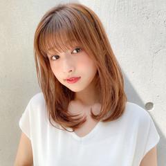 ナチュラル レイヤースタイル デジタルパーマ セミロング ヘアスタイルや髪型の写真・画像
