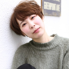 ストリート 外国人風 ベリーショート イルミナカラー ヘアスタイルや髪型の写真・画像