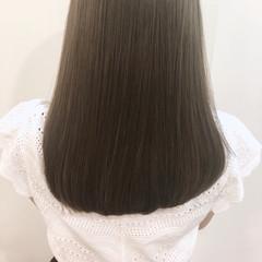 ストレート 前髪あり アッシュ セミロング ヘアスタイルや髪型の写真・画像