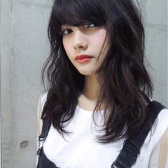前髪あり ナチュラル 黒髪 ミディアム ヘアスタイルや髪型の写真・画像