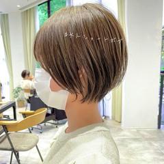 ショートヘア 切りっぱなしボブ ミニボブ ナチュラル ヘアスタイルや髪型の写真・画像