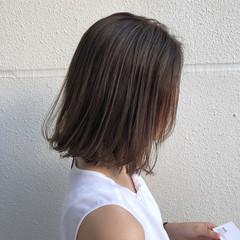 グレージュ ボブ 透明感カラー ハイライト ヘアスタイルや髪型の写真・画像
