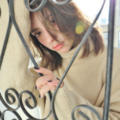 外国人風 冬 こなれ感 小顔 ヘアスタイルや髪型の写真・画像